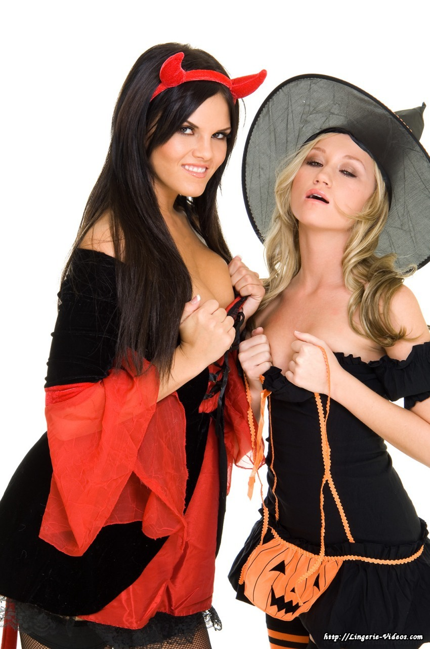 Lesbian witch hentay movies